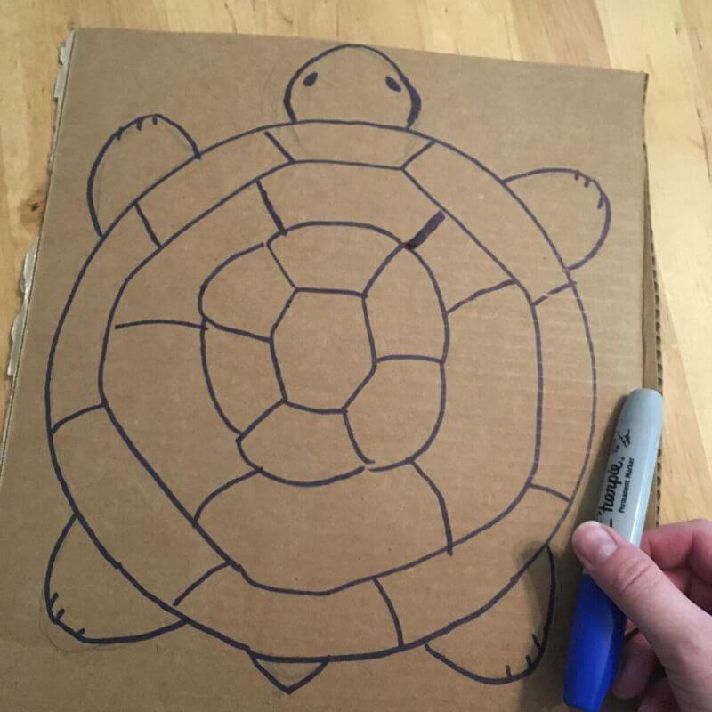 Draw turtle for articulated cardboard crafts