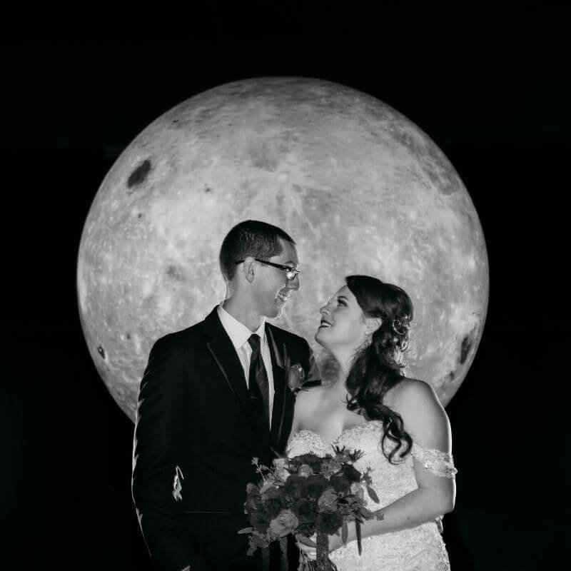 Best Wedding Portrait Backdrops in Orlando - moon