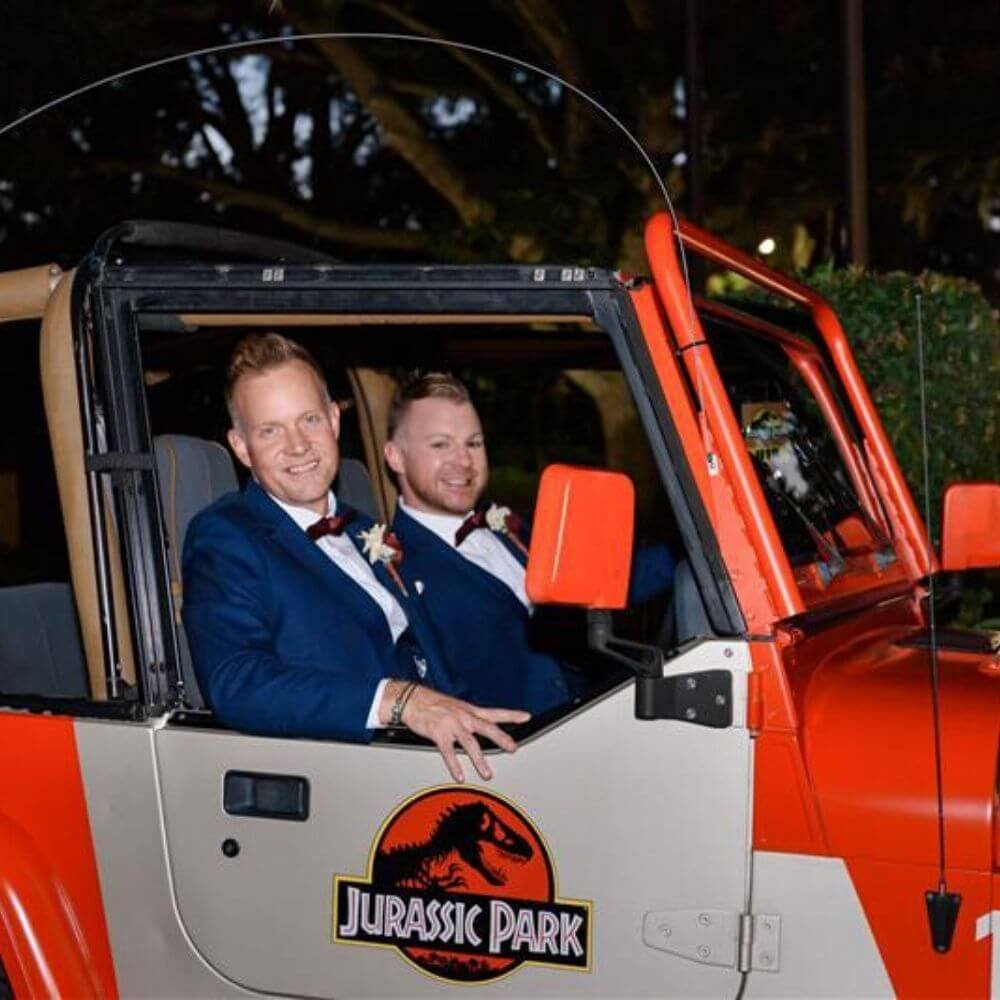 dinosaur wedding- dinosaur jeep