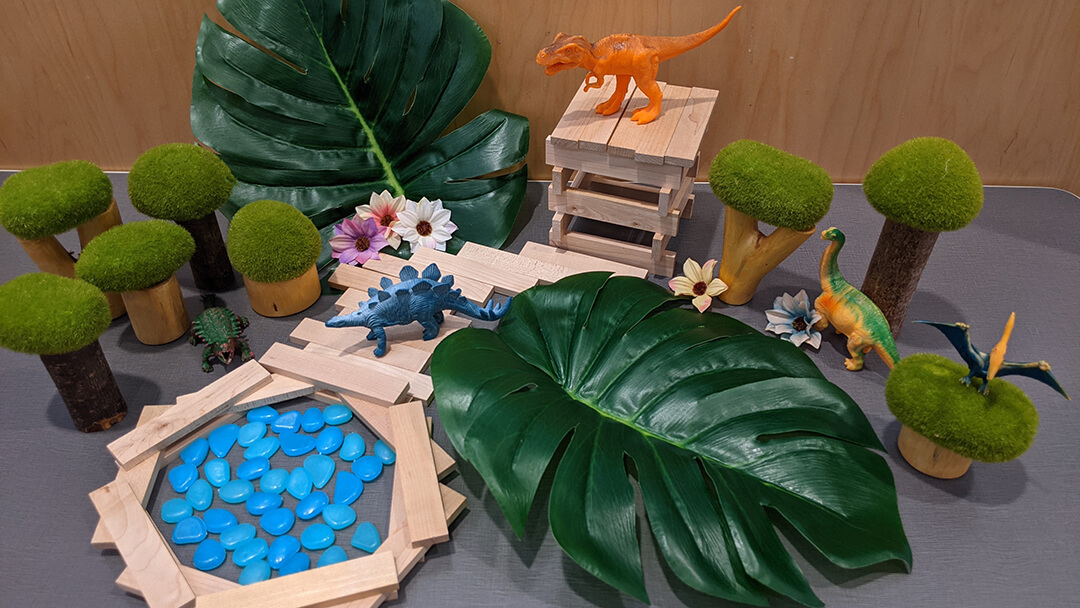 Photo of toy dinosaur diorama from Cretaceous Creations Tinker Time.
